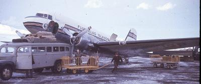 DOUGLAS DC3 11
