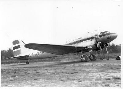 DOUGLAS DC3 12