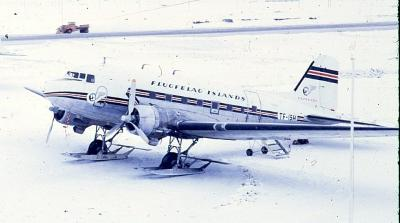 DOUGLAS DC3 6